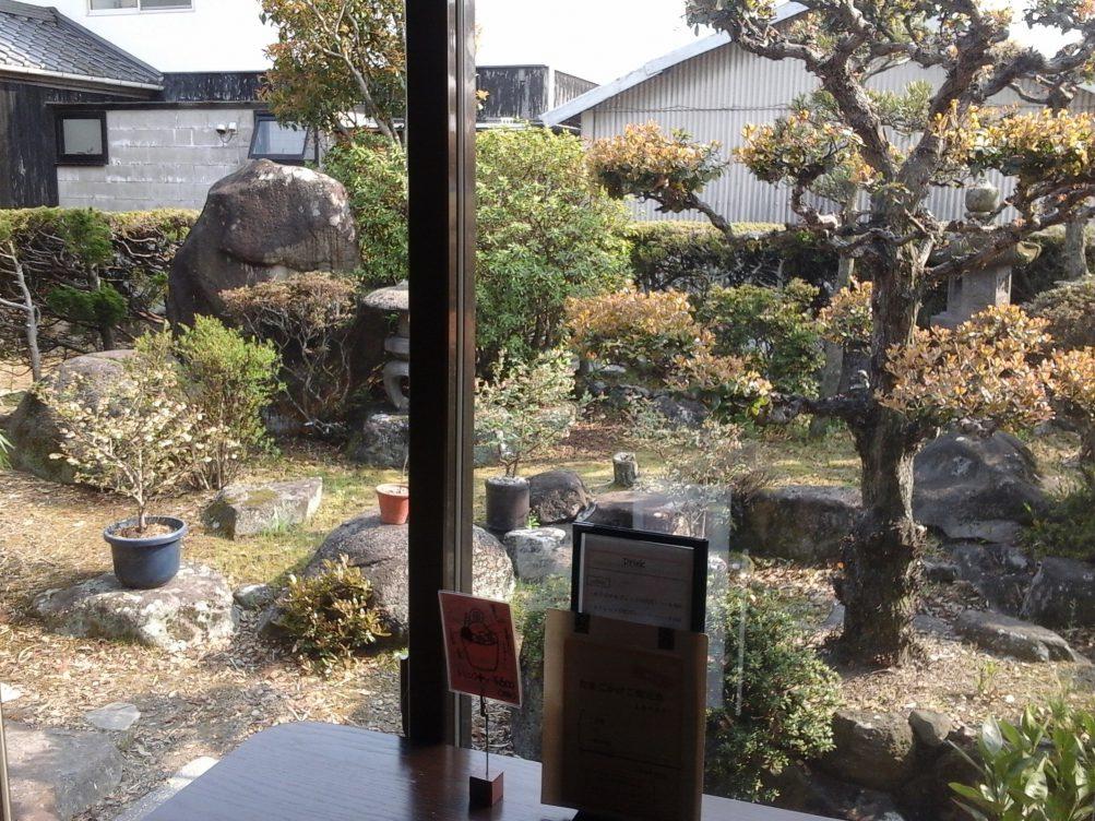 古民家カフェ「コメスタィ」お庭