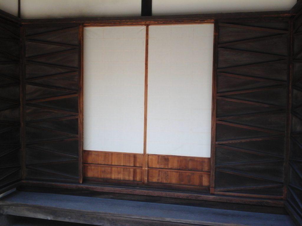 倉敷市立磯崎眠亀記念館 玄関の戸