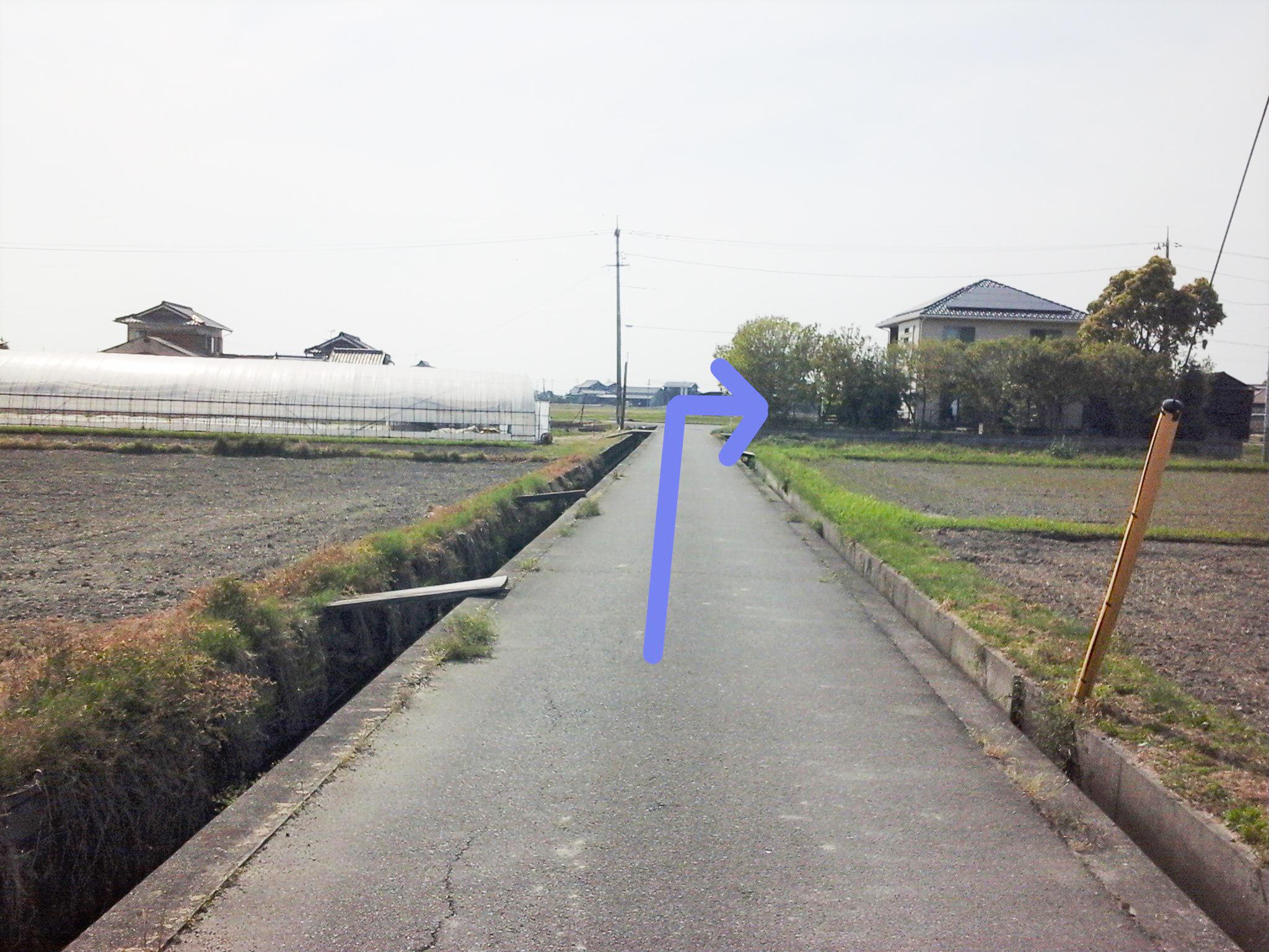日乃出醤油 小泉醸造元(小泉醤油店)道順1
