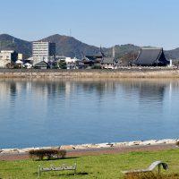 吉井川と西大寺地区中心部遠景