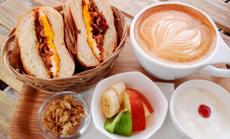 朝食 セット